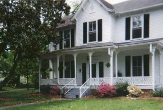 Photo of Barrow-Wilson House Bed and Breakfast Louisburg