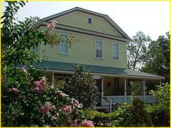 Bryant House Bed & Breakfast