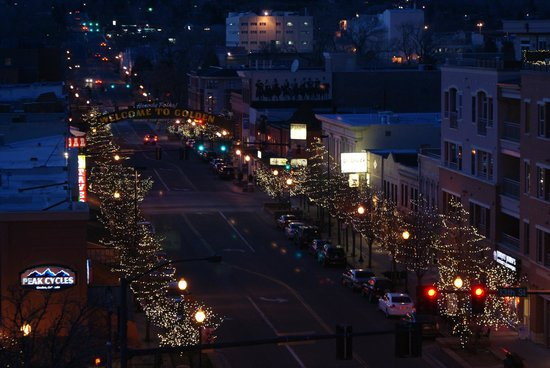 Table Mountain Inn:                   Night view of Washington Avenue from the room