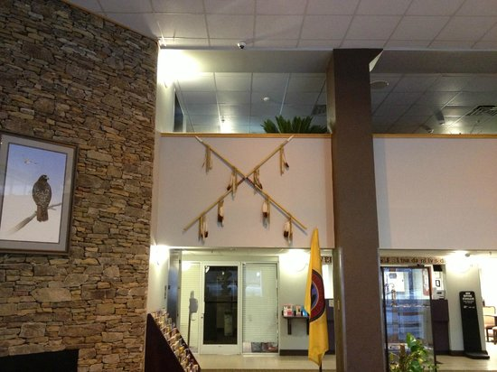 Cherokee Grand Hotel: Decoration in Lobby