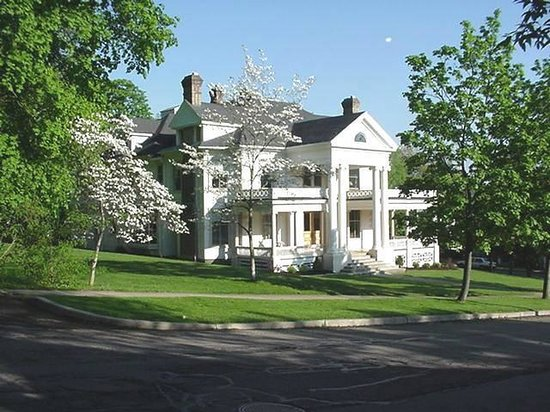 Photo of Hillcrest Manor Corning