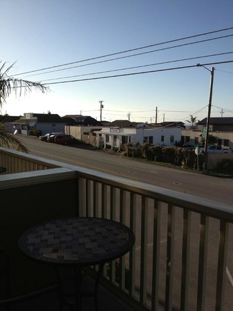 Cayucos Sunset Inn:                   View from our balcony - hard to tell how much ocean we could see but it was a