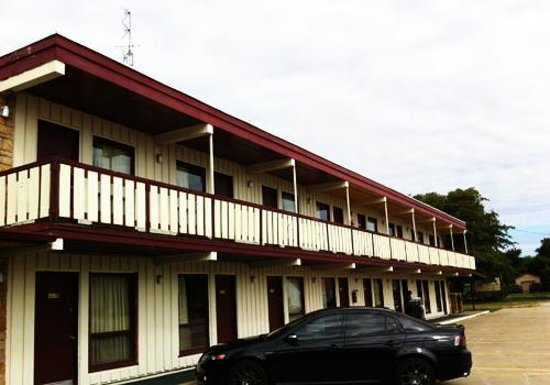 Photo of Budget Host Stone's Motel Dale