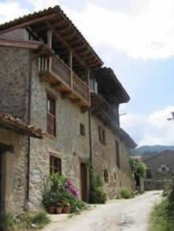 Casa Gustavo Holiday Accommodation in the Picos de Europa