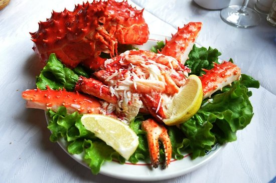 how to eat king crab body
