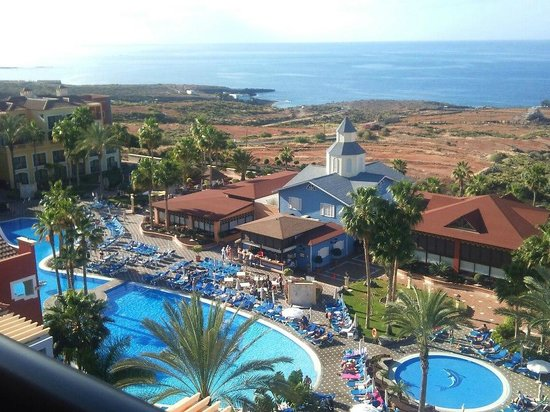 Grounds around the pool area picture of bahia principe - Gran bahia hotel tenerife ...