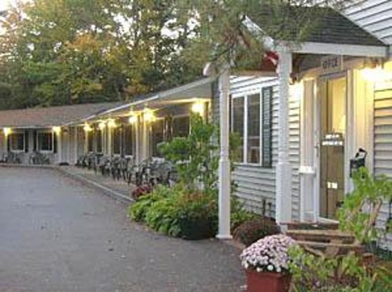 Photo of Acadia Pines Motel Bar Harbor