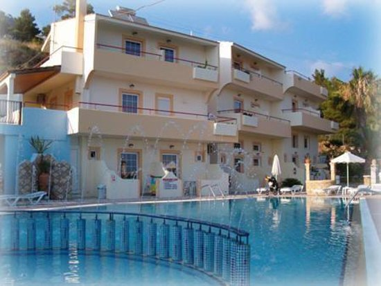 Pefkos View Studios & Apartments