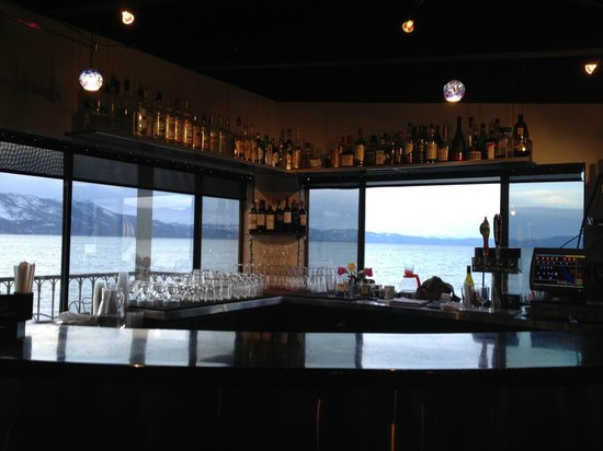 Beach Retreat & Lodge at Tahoe:                                                       Had happy hour at the Boathouse