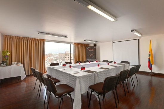 Lancaster House: Vista Meeting and Event Room
