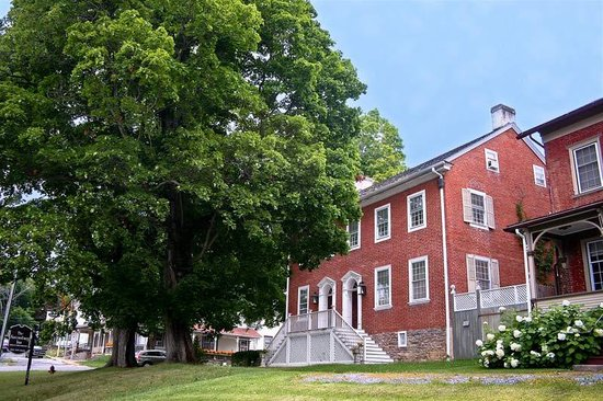 The Aaronsburg Inn