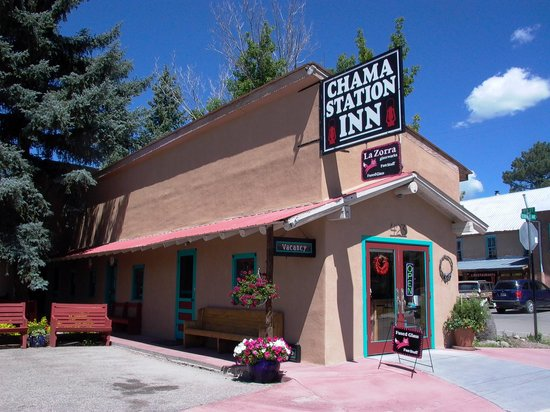Chama Station Inn