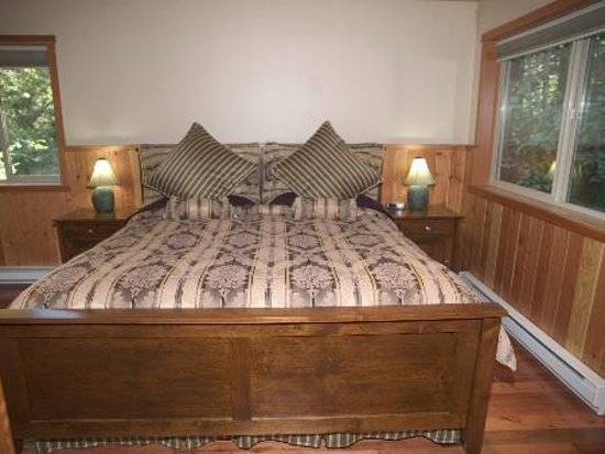 Photo of Evergreen Forest Cabins Ucluelet