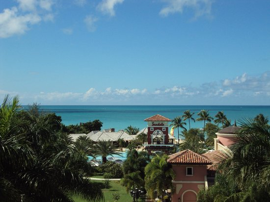 Sandals Grande Antigua Resort & Spa:                   View from room, water is spectacular