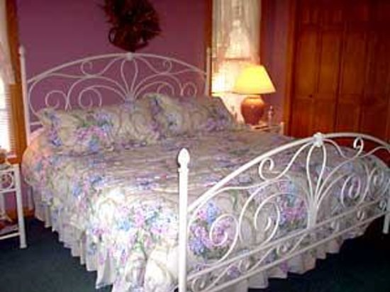 Ozark Farm Bed & Breakfast