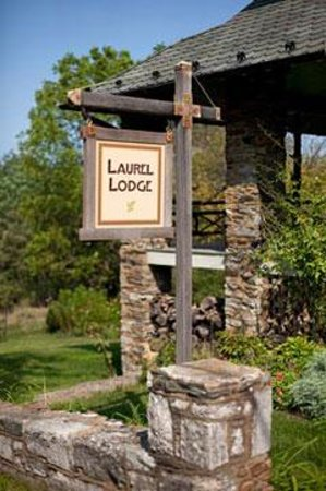 Laurel Lodge Photo