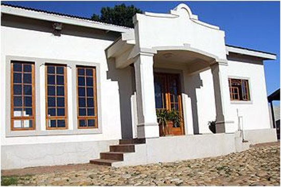 Rolbaken Country Guesthouse & Cape Mountain Zebra Reserve