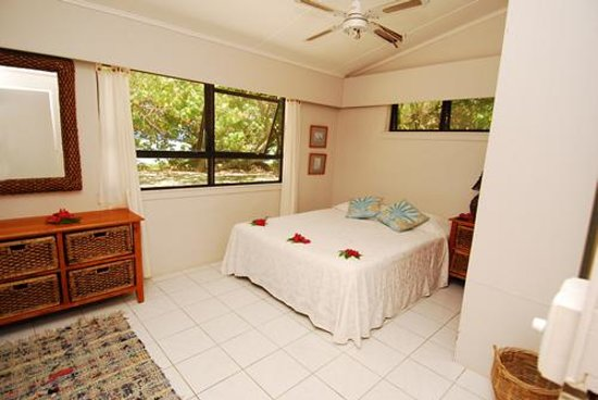 Photo of Arorangi Beach Front Bungalow & Studio Unit