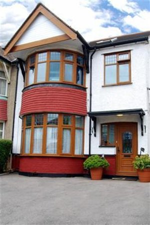 Photo of Tara's London Bed & Breakfast
