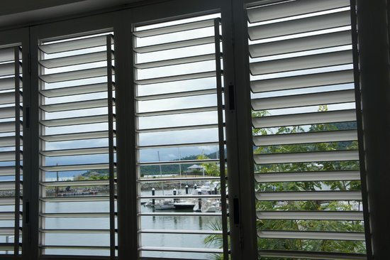 Boathouse Apartments by Outrigger:                   Window