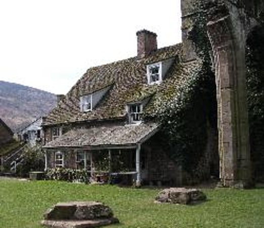 Llanthony Priory  Hotel