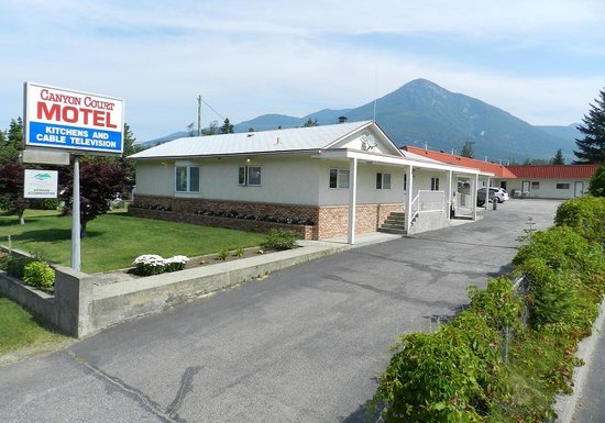 Canyon Court Motel
