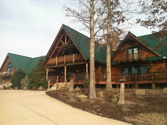 Pine Lakes Lodge B&B Resort and Conference Center:                   Pine Lakes Lodge