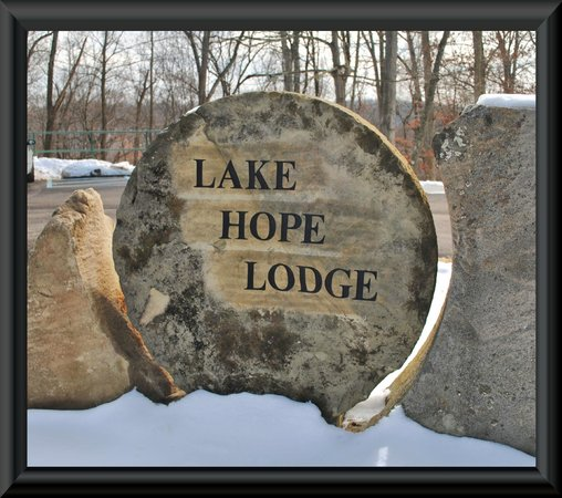 McArthur, OH:                   Lake Hope Lodge