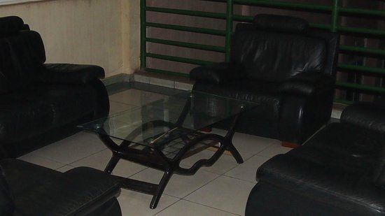 Aponye Hotel:                   Lobby