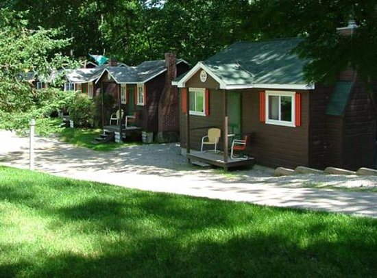 Maple Lodge Cabins And Motel