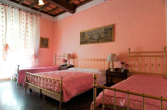 Photo of Riverbanks Hostel Florence