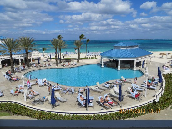 Sheraton Nassau Beach Resort &amp; Casino:                   View from the hotel tower