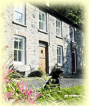 Photo of Bronfelin Holiday Cottage Llanwrtyd Wells