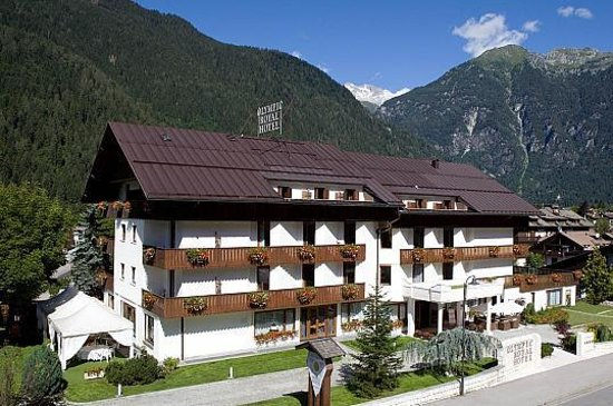 Photo of Olympic Palace Pinzolo