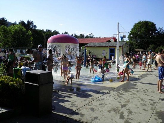 Ashland, NH: Water Playground