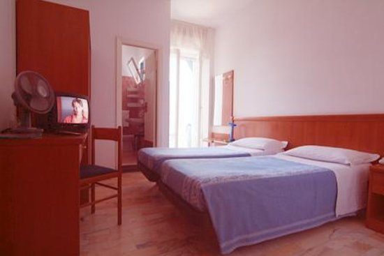 Photo of Hotel Caravan Pesaro