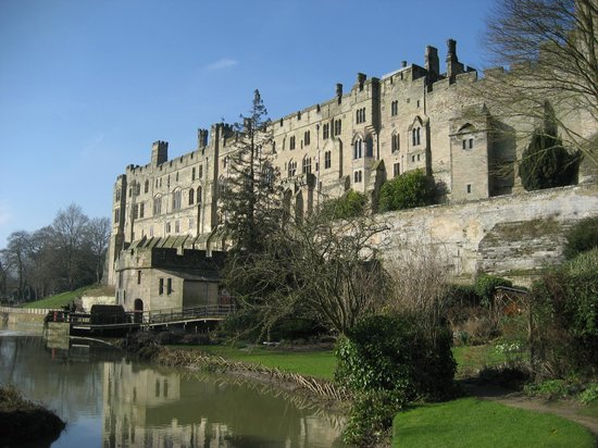 Warwick castle from mill garden warwick picture of the for Gardening 4 you warwick