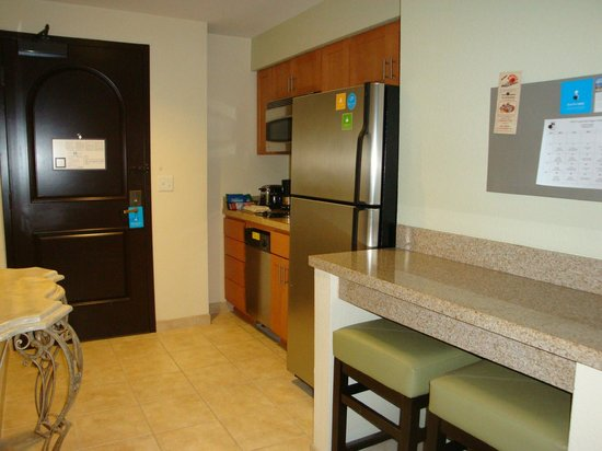 HYATT house San Diego/Carlsbad:                   Full kitchen
