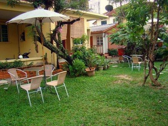 Tanjong Tokong bed and breakfasts
