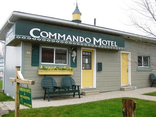 Commando Motel