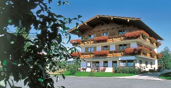 Pension Meixner u. Pension Obermoser