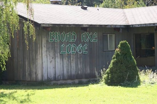 ‪Broad Axe Lodge & Restaurant‬
