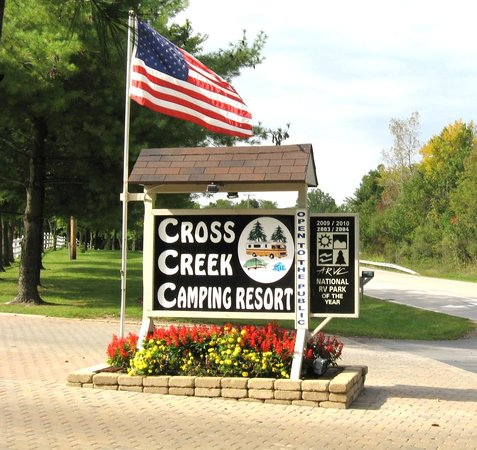 Cross Creek Camping Resort