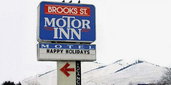 ‪Brooks Street Motor Inn‬