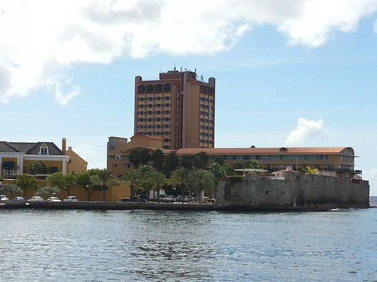 Plaza Hotel Curacao:                   Hotel from across the channel