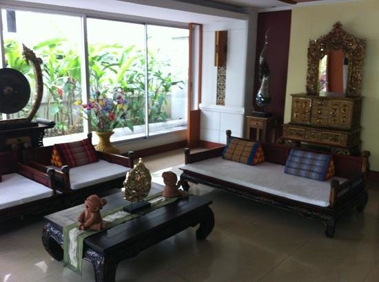 Viangbua Mansion:                   part of the lobby