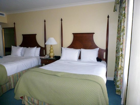 Hamilton Princess & Beach Club, a Fairmont Managed Hotel:                   Bedroom