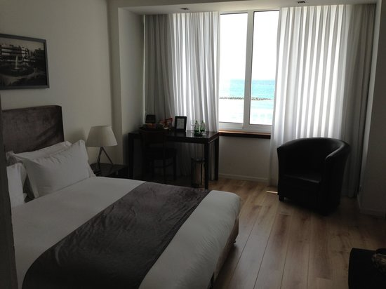 Sea Executive Suites:                   Sea view room