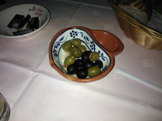 Hadlow, UK:                   Dish of Olives