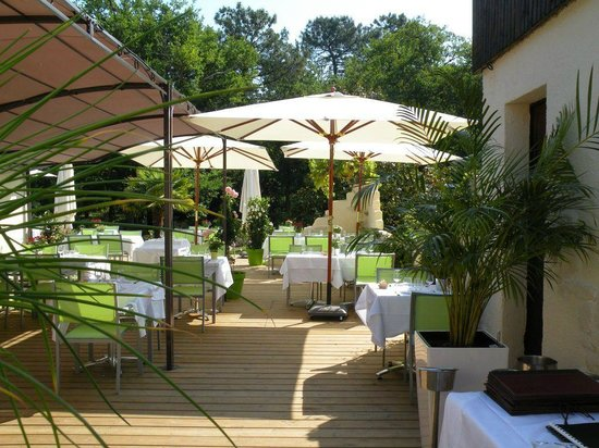 Photo of Hotel Restaurant Le Pont Bernet Le Pian Medoc
